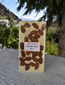 chocolate blanco con almendras